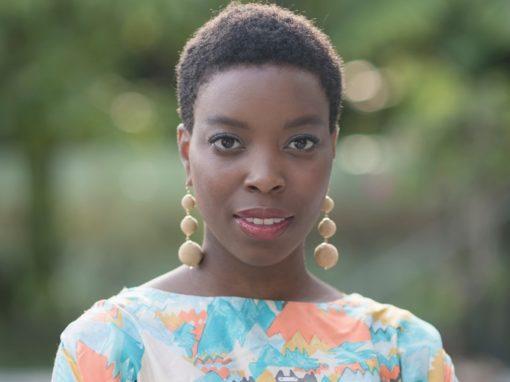 ¡Fomentando la diversidad de la mujer a través del 'desnudo'! : Ade Hassan, MBE