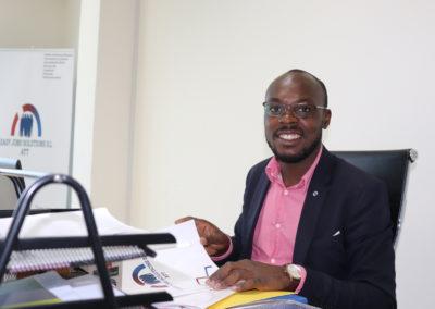 Emprendimiento Juvenil en Guinea Ecuatorial : Pablo Olivera Faix